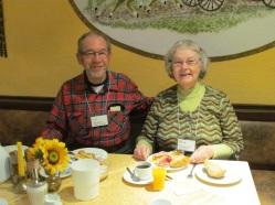 rothenburg-breakfast-couple