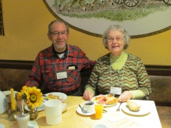 rothenburg-breakfast-couple